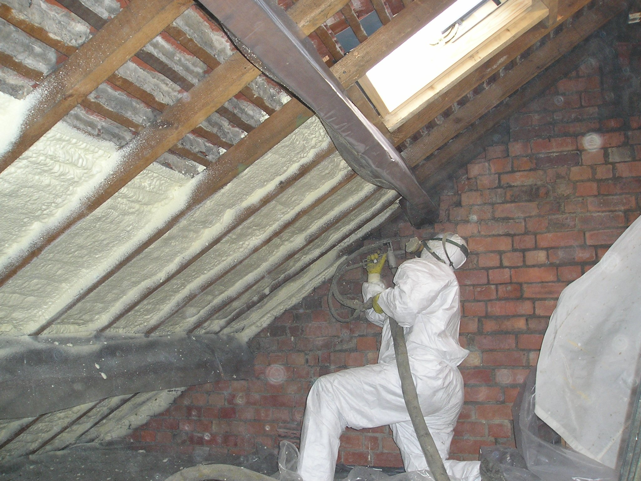 Retrofit Insulation Spray Tight Spray Foam Insulation